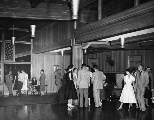 Students gathered in Yellowstone Room of the Lodge.
