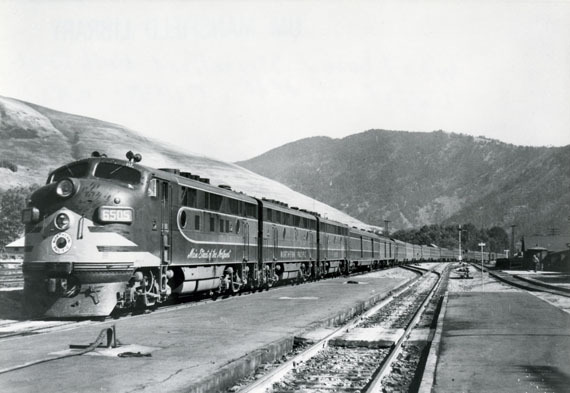 Westbound Streamlined North Coast Limited