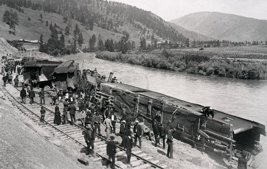 Wreckage of Northern Pacific Train No. 1.