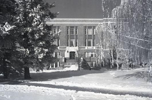Student Union, winter scene.