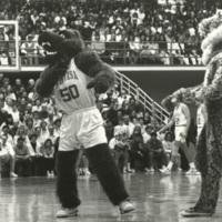 Monte confronts a rival mascot.
