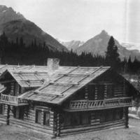 Glacier National Park: Hotels & Tours, page 7.