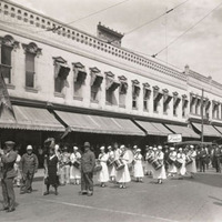 Missoula Mercantile Parade